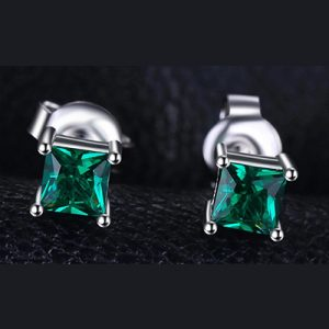 Emerald Ear Stud
